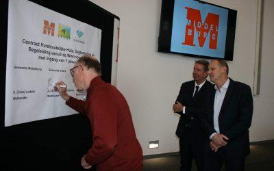 Wethouders Middelburg, Vlissingen En Veere Ondertekenen Contracten Wmo