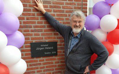 Steen Onthuld Op Woonlocatie Goes Als Eerbetoon Aan Jürgen Heland