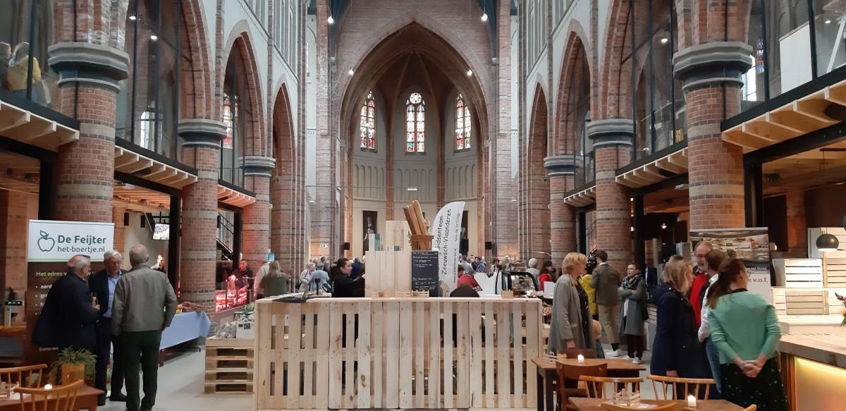 Markt4 In Sas Van Gent Officieel Geopend